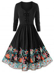 Plus Size Lace Up Embroidered Evening Dress -