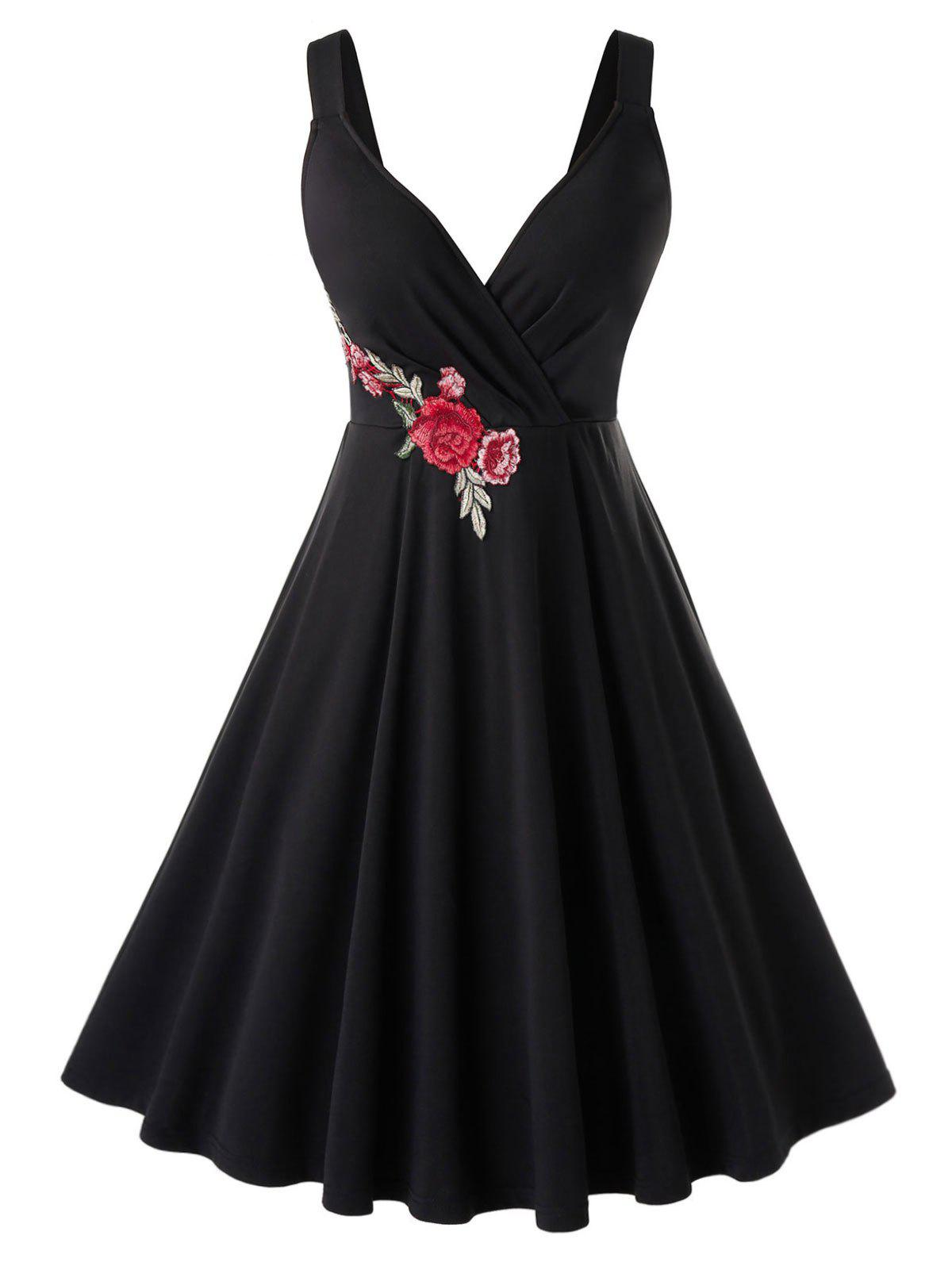 Best Plus Size Flower Applique A Line Retro Plunge Dress