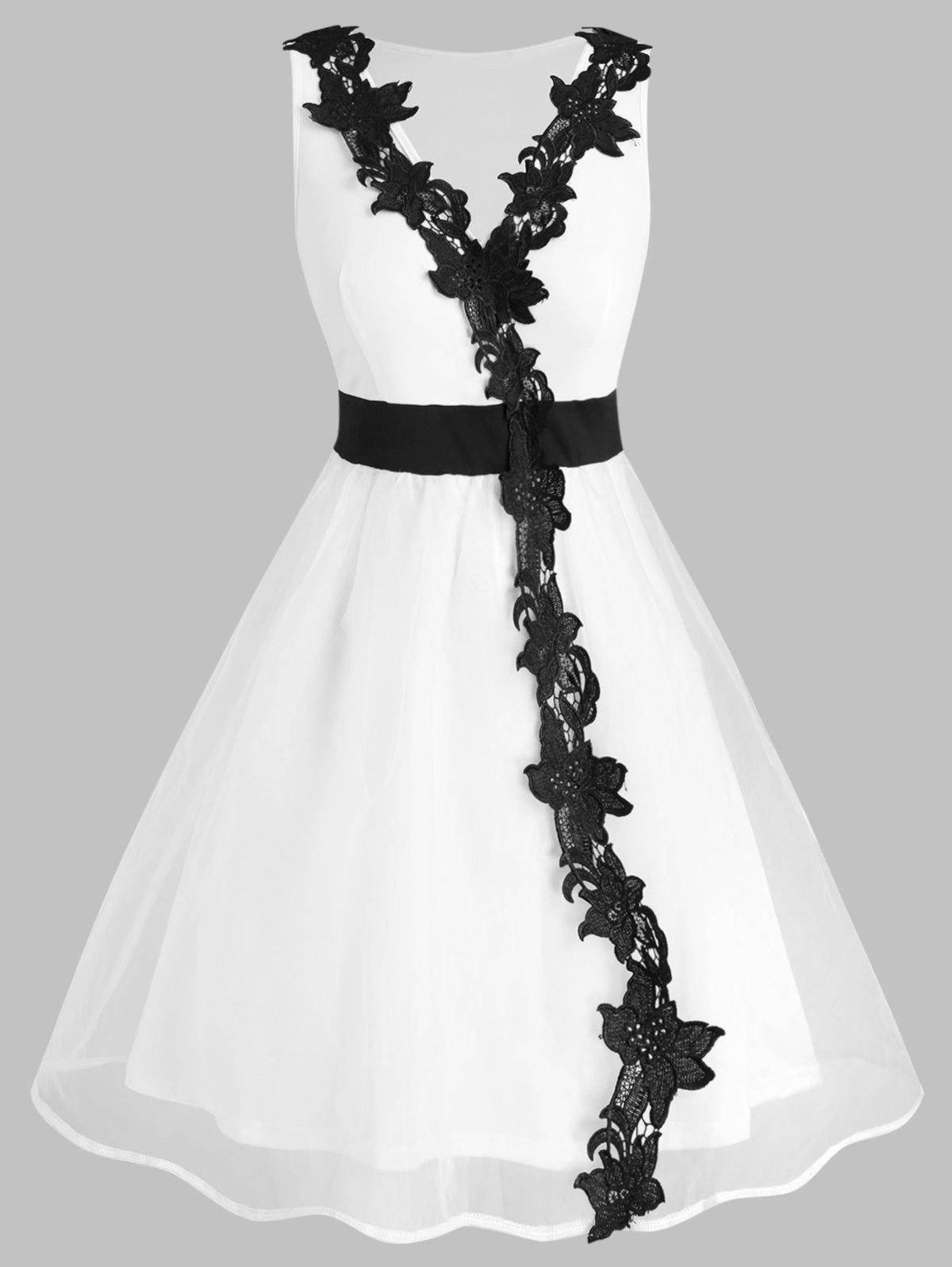 Outfit Sleeveless Organza Lace Panel Plus Size Prom Dress