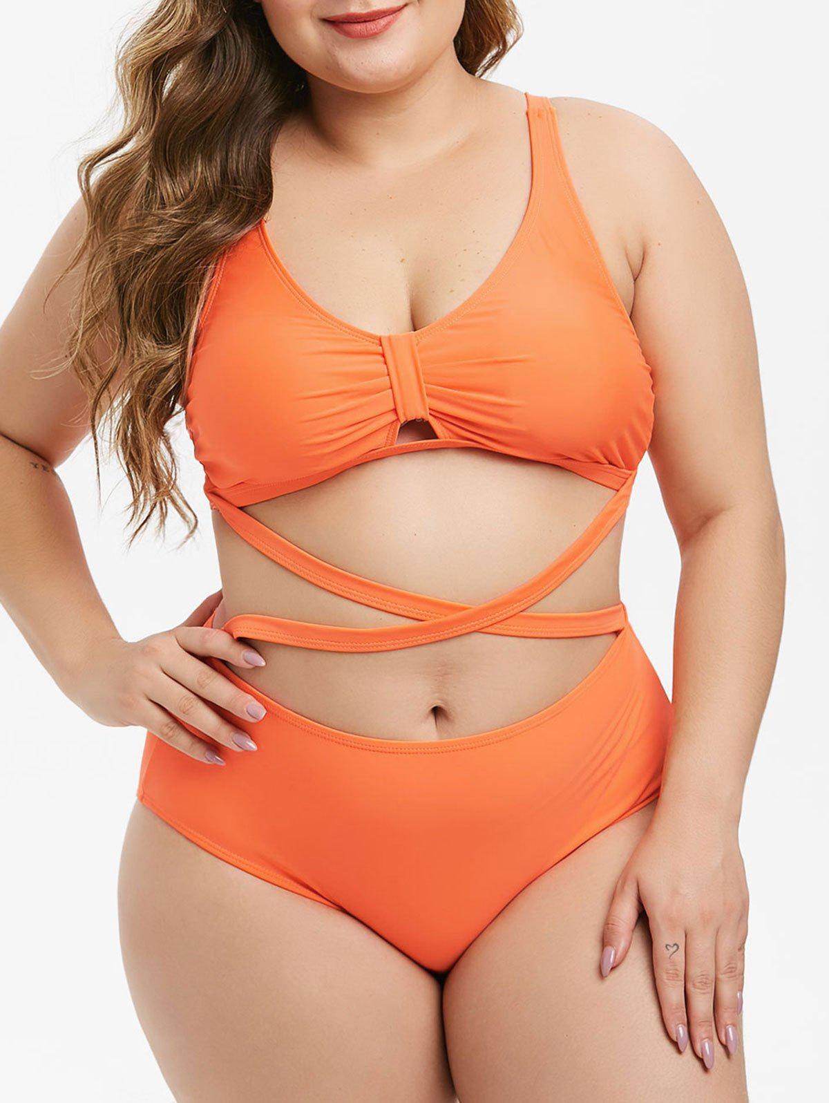 Trendy Plus Size Plunge Crisscross High Rise Bikini Swimsuit