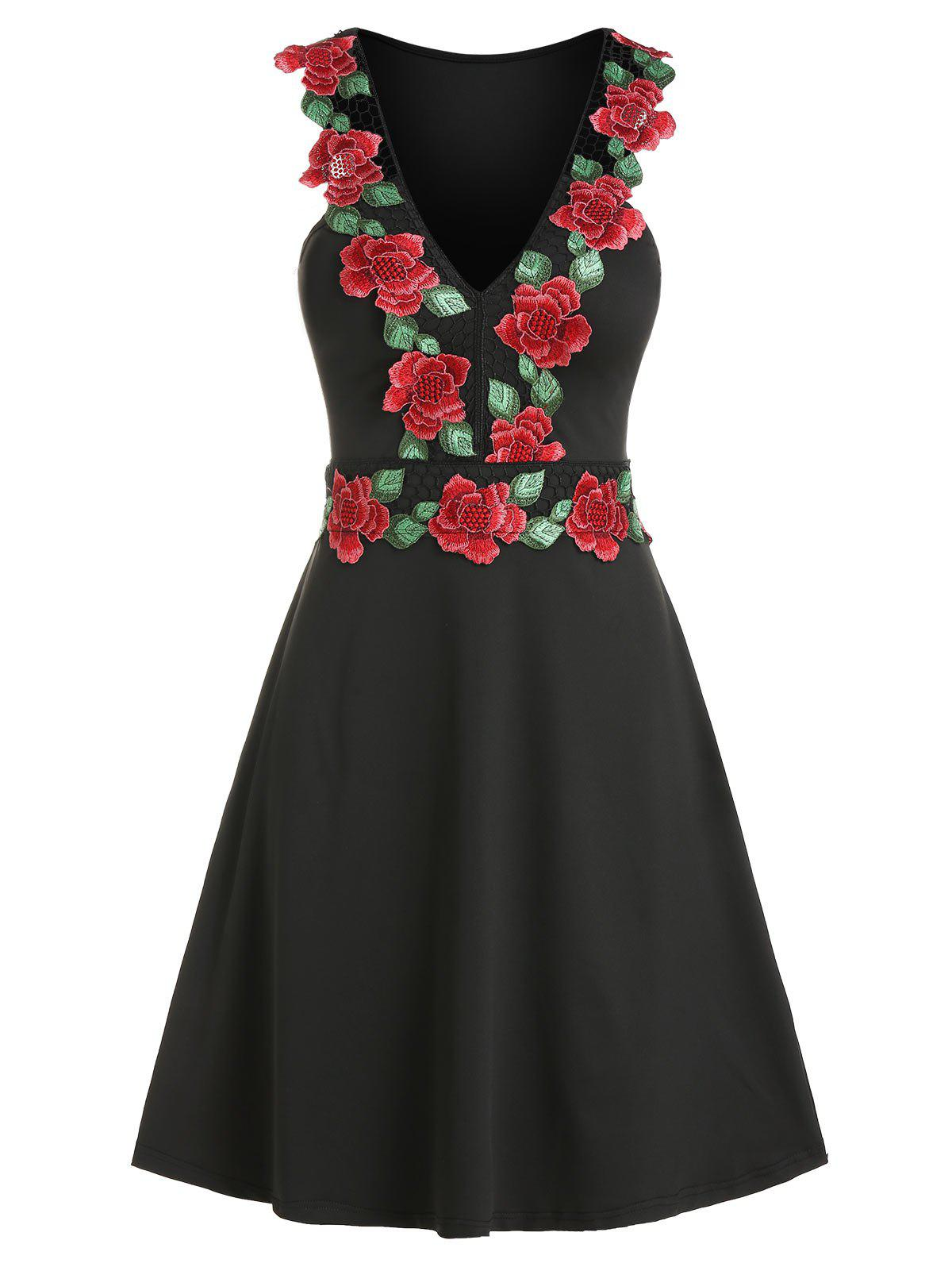 Outfits Floral Embroidery V Neck Mesh Panel Sleeveless Dress