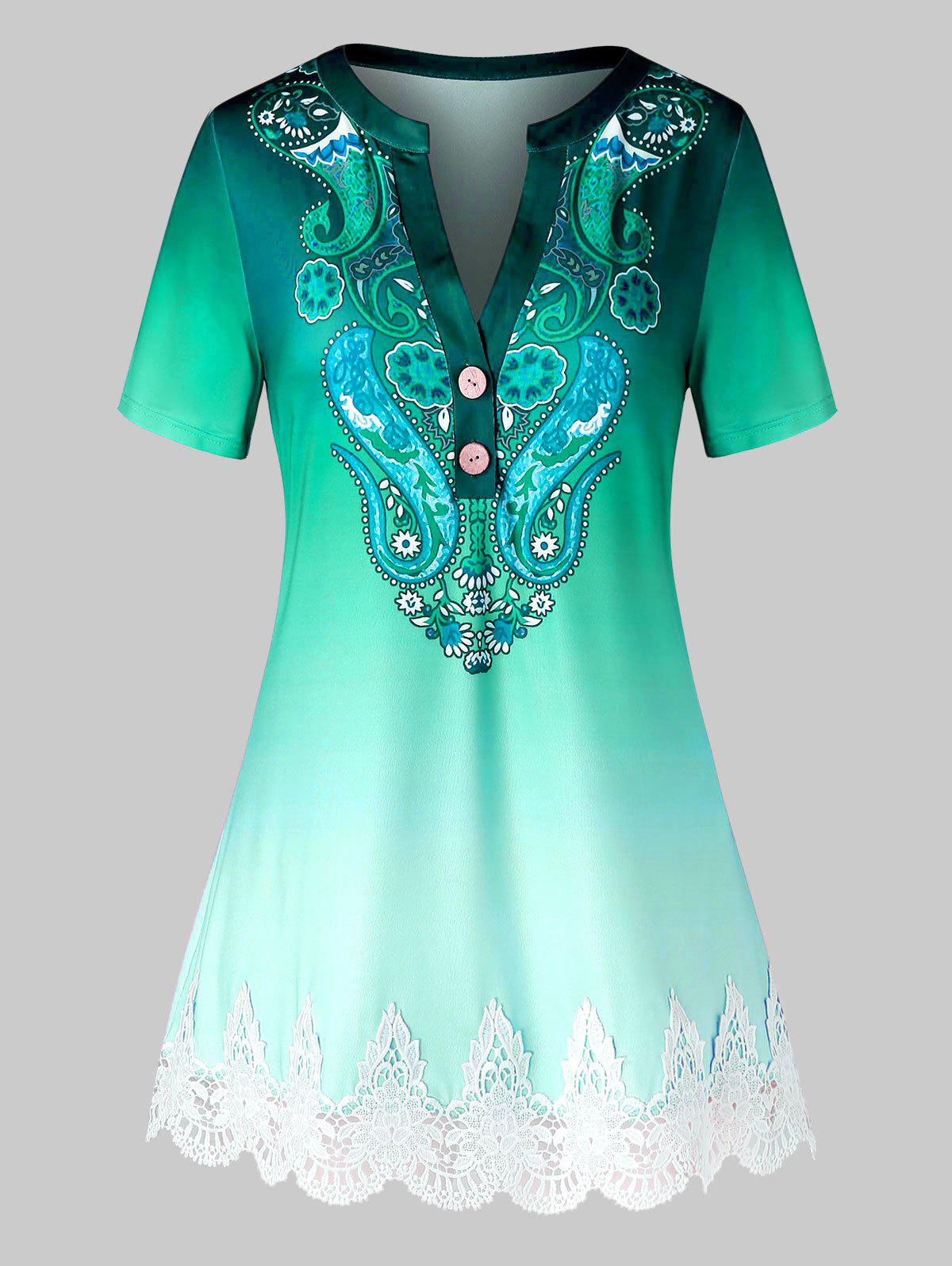 Outfits Plus Size Paisley Ombre Guipure Lace Panel V Notch Tee