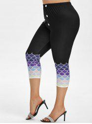 Plus Size Scale Print Sailor Button Capri Leggings -