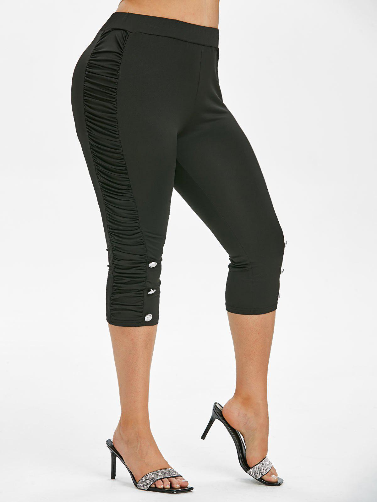 Outfits Plus Size Ruched Capri Leggings