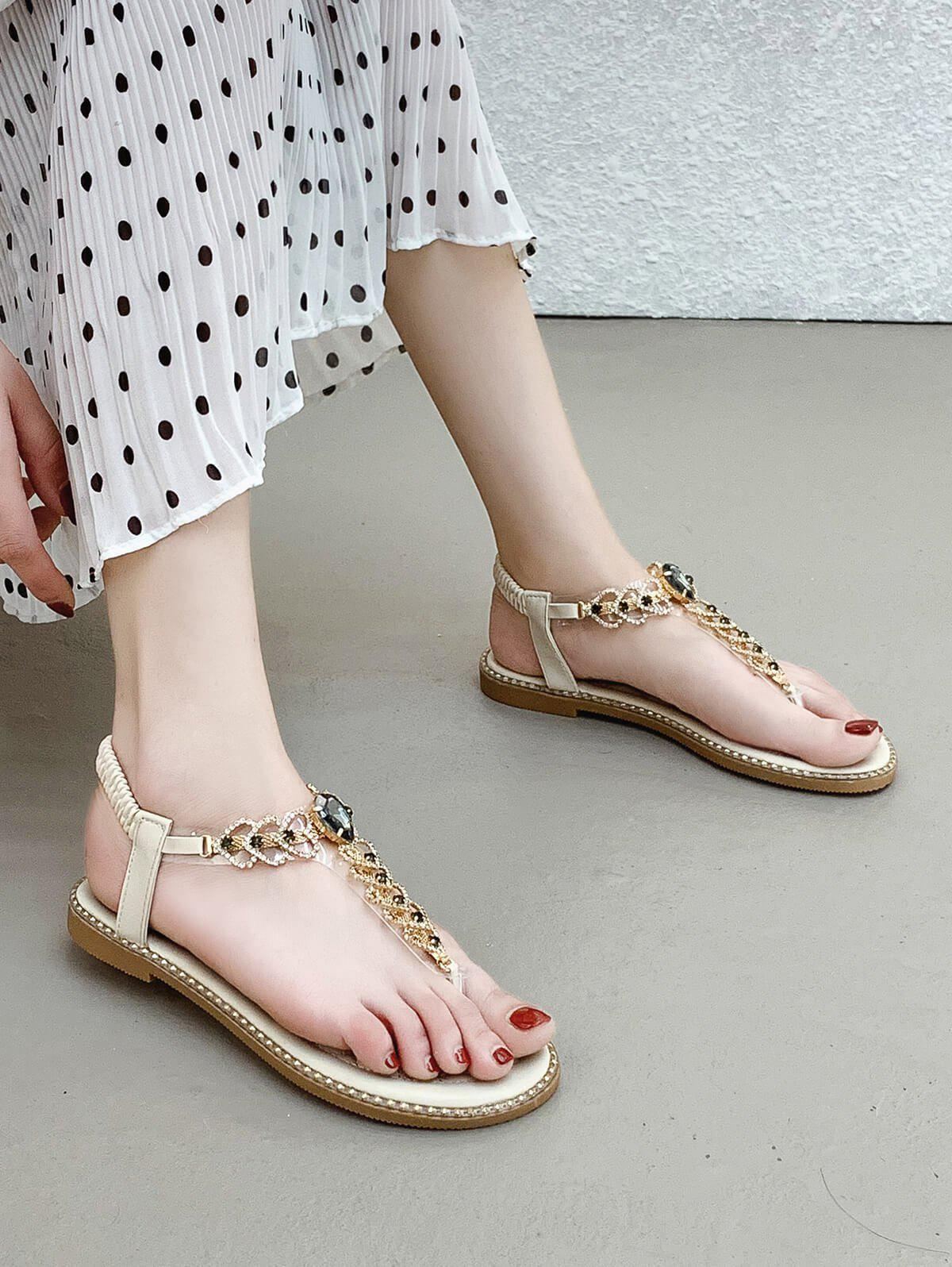 Affordable Rhinestone Heart Toe Post Flat Sandals