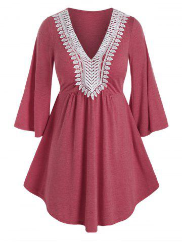Plus Size Applique Panel Flare Sleeve Curved Tunic Tee - VALENTINE RED - 5X