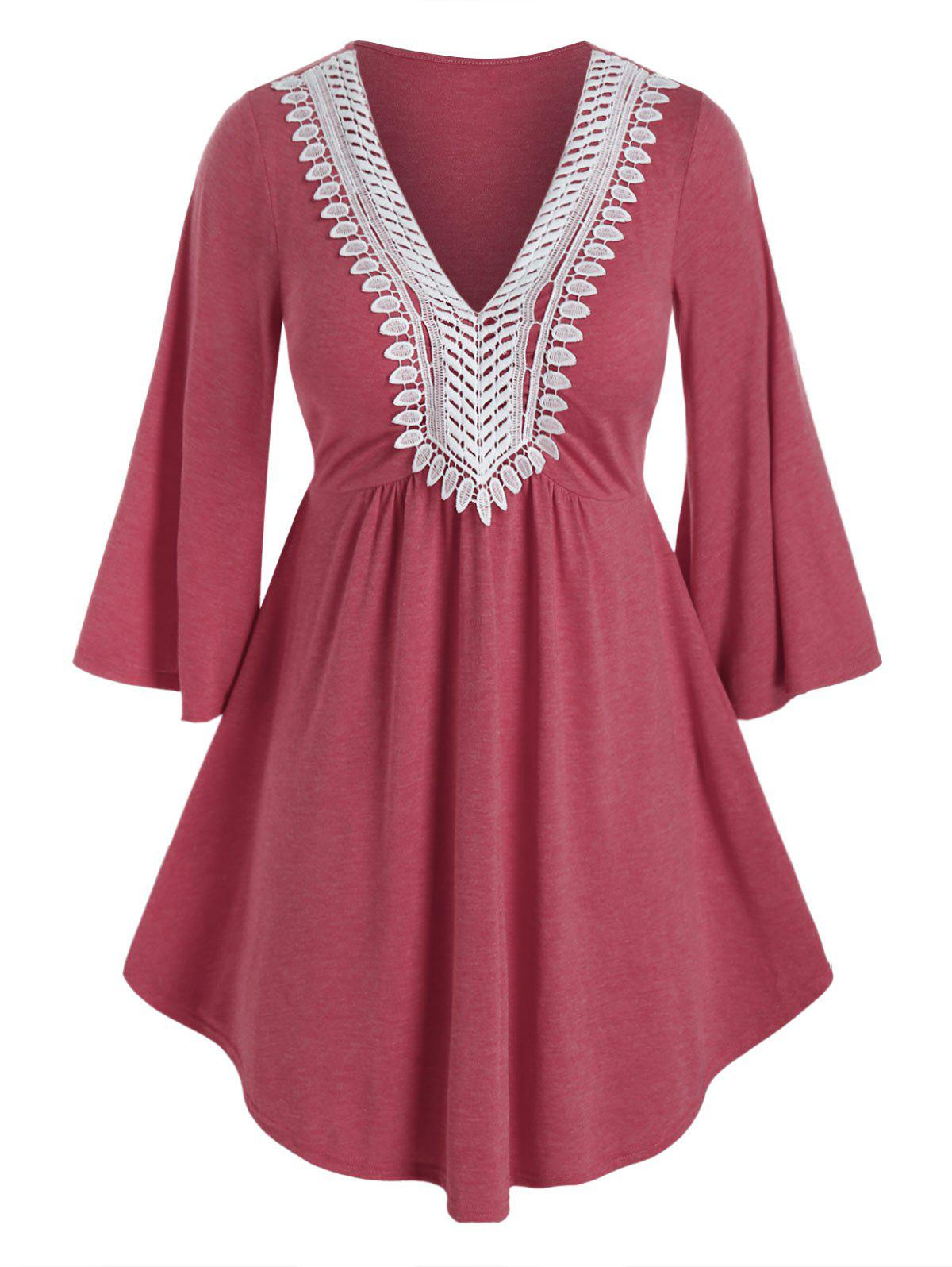 Cheap Plus Size Applique Panel Flare Sleeve Curved Tunic Tee