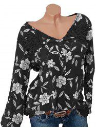 Plus Size Lace Insert Studded Floral Blouse -