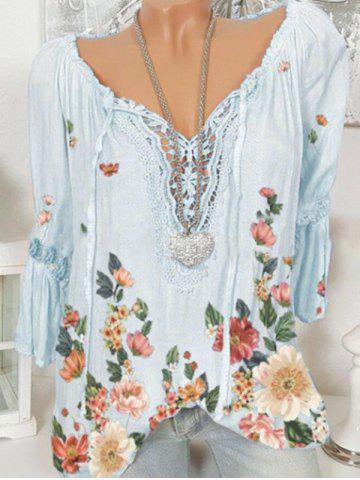 Plus Size Bell Sleeve Lace Insert Floral Print Top - LIGHT BLUE - 4XL