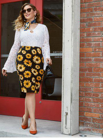 Plus Size Bell Sleeve O Ring Lace Blouse