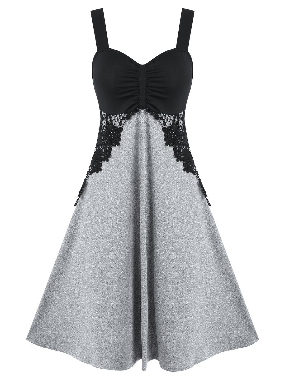 Latest Contrast Color Ruched Lace Panel Cami Dress