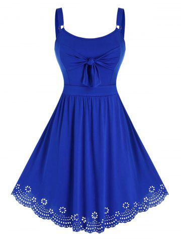 Plus Size Knot Hollow Out Floral Flare Dress