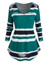 Plus Size V Neck Striped Curved T Shirt -