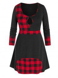 Plus Size Plaid Keyhole T Shirt -