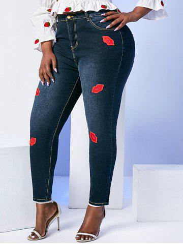 Mid Rise Lips Patched Plus Size Skinny Jeans - BLACK - 5XL