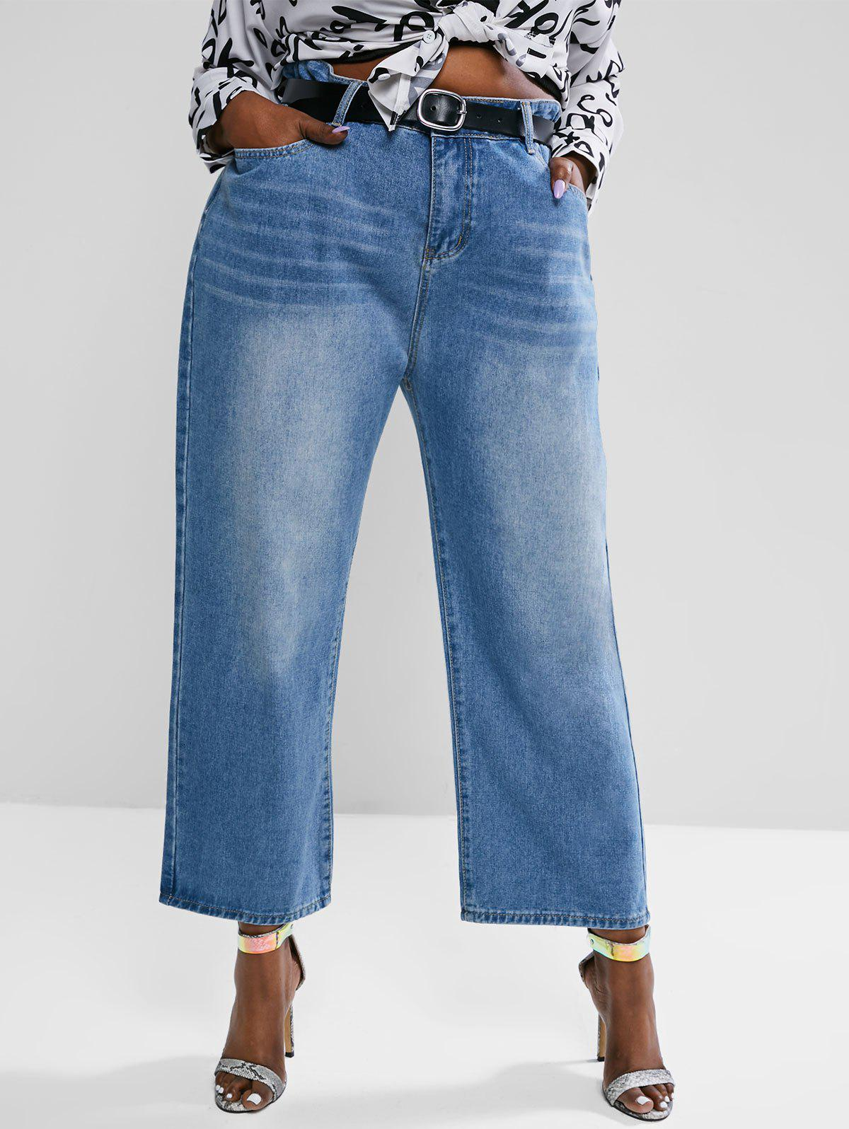 Outfit Plus Size High Waisted Straight Leg Light Wash Jeans