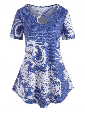 Plus Size Keyhole Cross Print Uneven Hem Tee - BLUE - 3X