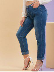 Mid Rise Pockets Plus Size Tapered Jeans -