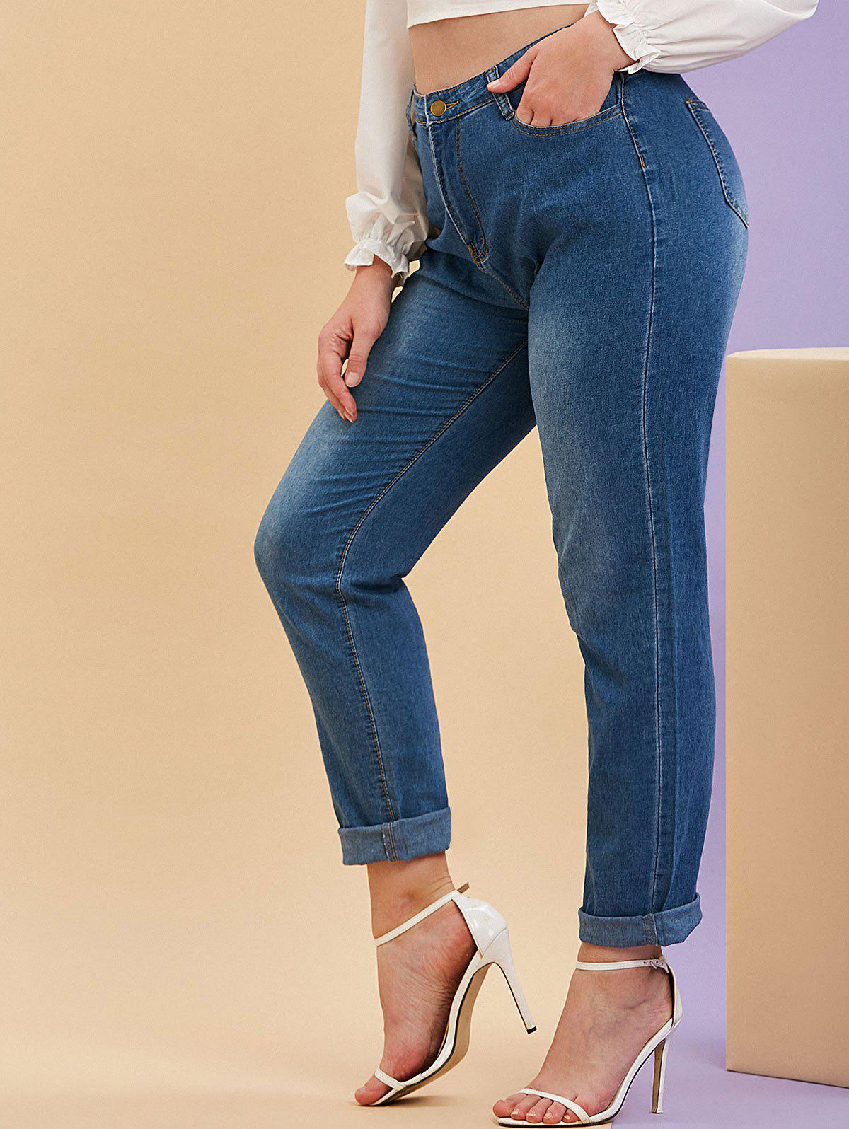 Outfit Mid Rise Pockets Plus Size Tapered Jeans