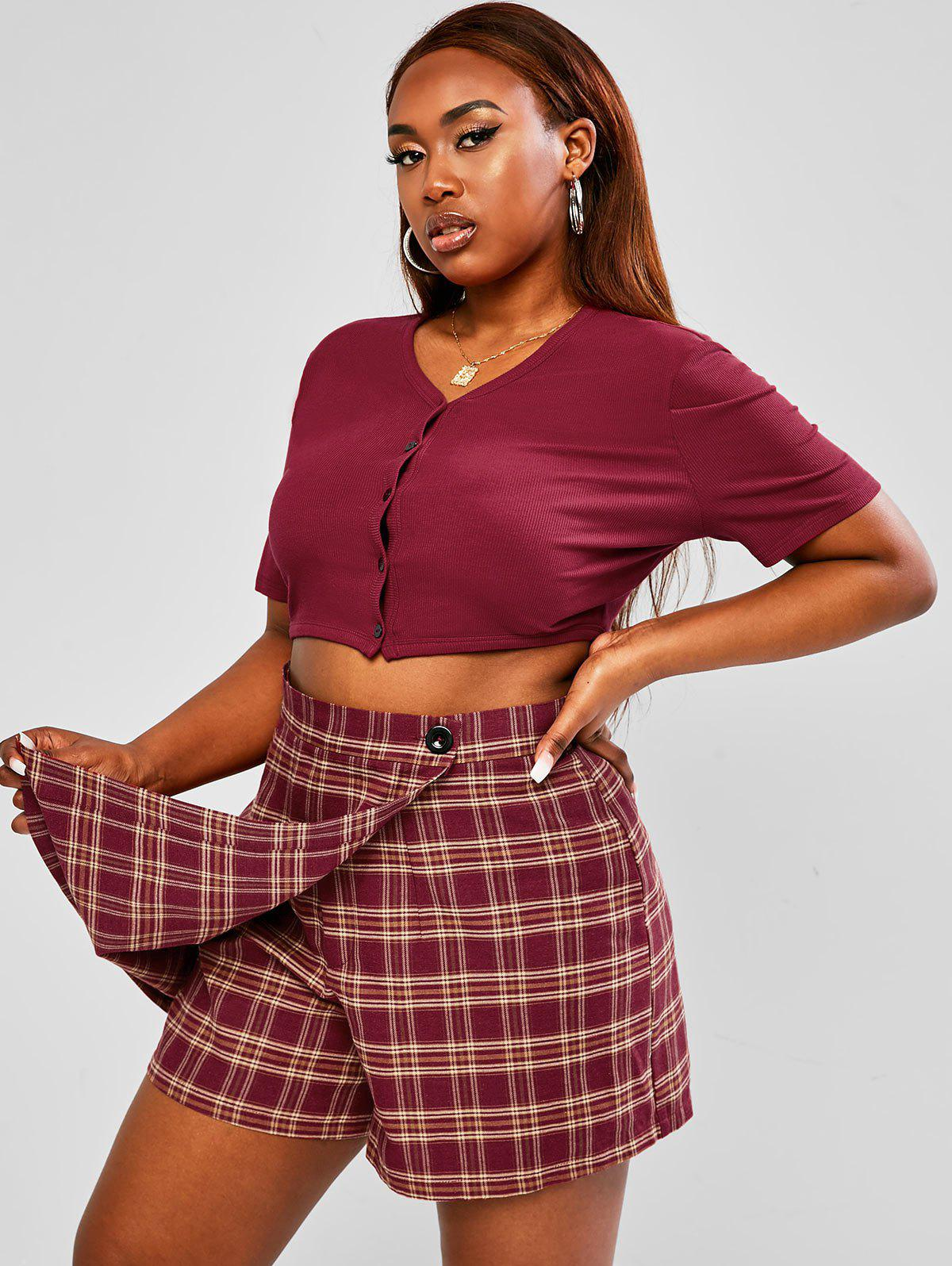 Outfit Plus Size Button Up Ribbed Baby Top and Plaid Skorts Set