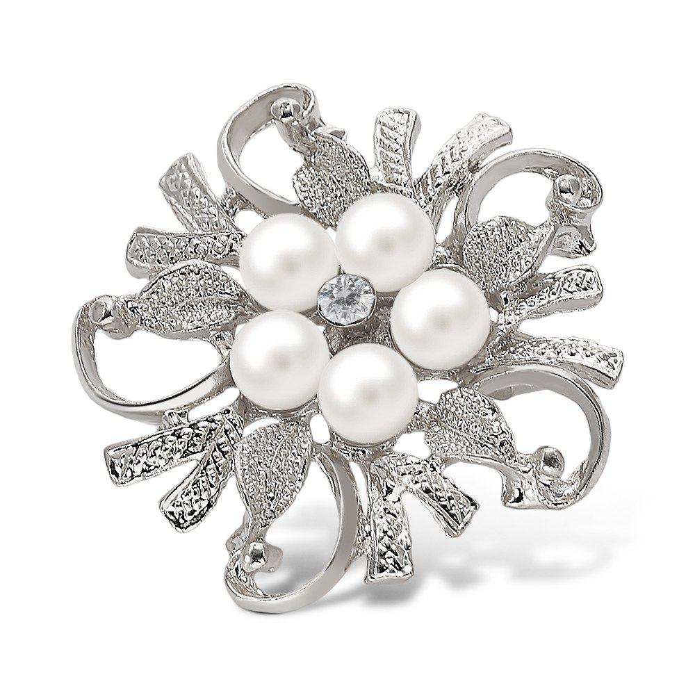 Fake Pearl Flower Shape BroochJEWELRY<br><br>Color: SILVER WHITE; Brooch Type: Brooch; Gender: For Women; Style: Trendy; Shape/Pattern: Others; Weight: 0.027kg; Package weight: 0.027 kg; Product size (L x W x H): 4.50 x 4.50 x 1.20 cm / 1.77 x 1.77 x 0.47 inches; Package size (L x W x H): 7.50 x 7.00 x 1.20 cm / 2.95 x 2.76 x 0.47 inches; Package Contents: 1 x Brooch;