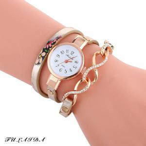 FULAIDA Chic Female Quartz Watch Rhinestone Leather Band Fashion Bangle Wristwatch - Golden - 5xl