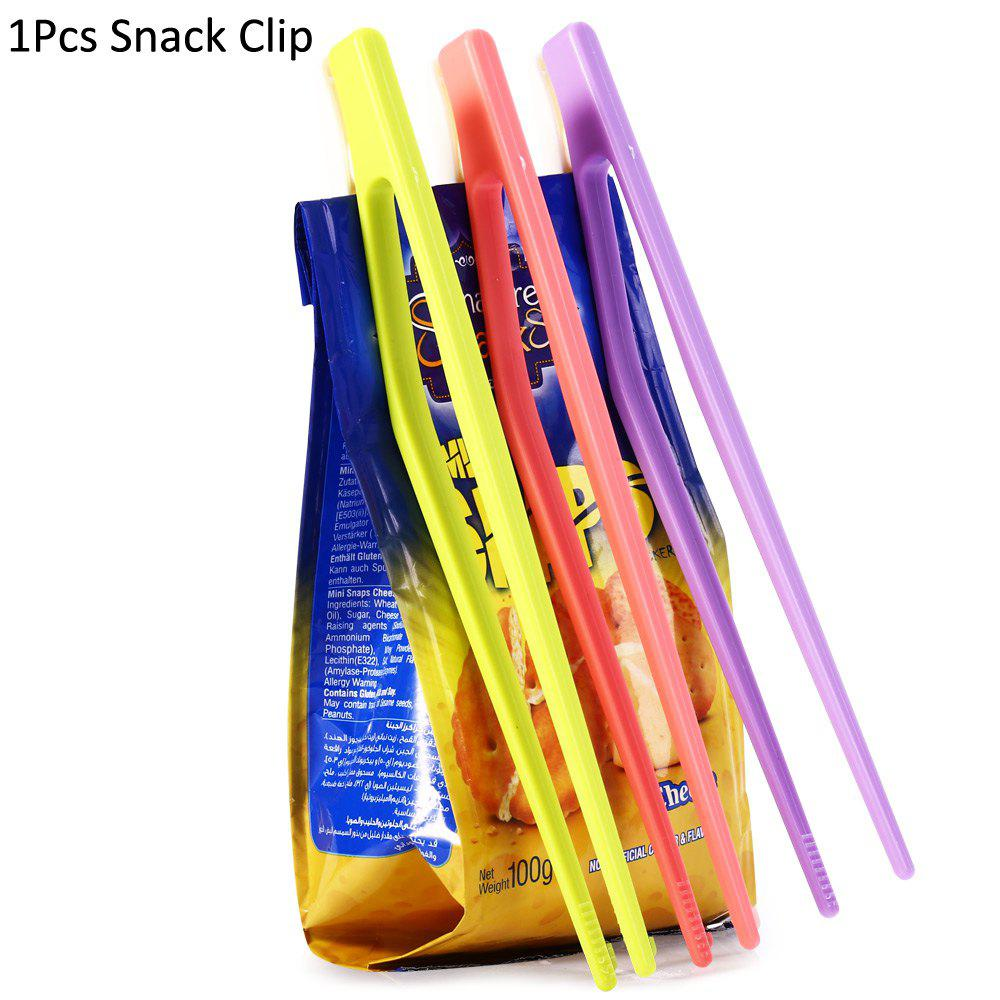 Creative 2 in 1 Plastic Snacks Sealing Clip ChopsticksHOME<br><br>Color: RANDOM COLOR; Type: Eco-friendly,Practical; For: All; Occasion: Living Room,Kitchen Room,Bathroom,Dining Room,Office,School,Home,Bar,KTV,Outdoor; Functions: Multi-functions; Material: Plastic;