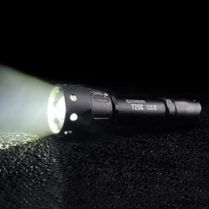 Sunwayman T25C CREE XM - L2 U3 880Lm LED Flashlight Focusing System - Black - Cedar