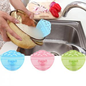Multi-functional Clip Type Rice Washing Strainer Sieve Fruit Cleaning Tool Kitchen Gadget - BLUE
