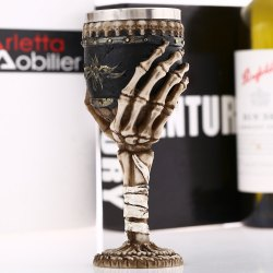 Creative Vintage Skeleton Hand Goblet Retro Wine Mug Party Decoration