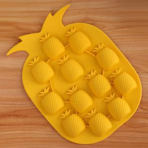 5PCS Pineapple Shape Silicone DIY Ice Mold Cool Drinks Chocolate Soap Making Tool - COLORMIX