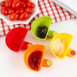 Multi-functional Plastic Clip Dishes Snacks Sauce Flavoring Plates - COLORMIX