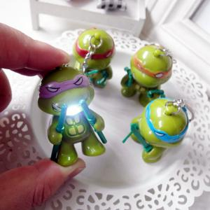 5.7cm 1PC LED Lighting Sound Turtle Key Chain Kid Toy Gift Bag Desktop Decoration - Colormix - 7*7*1.5cm