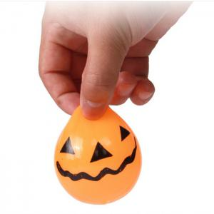 Novelty Elastic Squeeze Halloween Pumpkin Stress Release Vent Relax Toy for Kid -