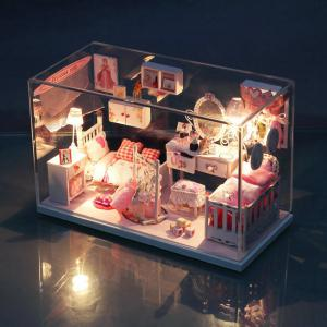 Wooden Doll House Mini Kit with Furniture DIY Handcraft Toy