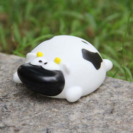 Fashion Cute Cow Shape Vinyl Squirt Toy for Kids Bathing Paddle Essential