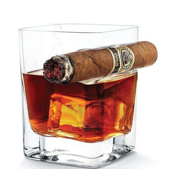 Coupe à Vin en Verre de Whisky avec Support à Cigare Transparent