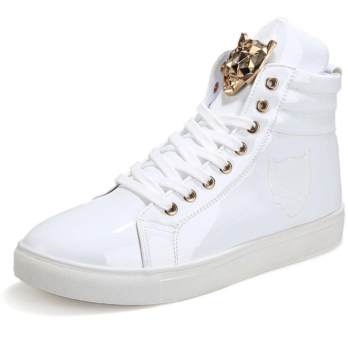 Best Stylish Metal Decoration Leisure Sneakers