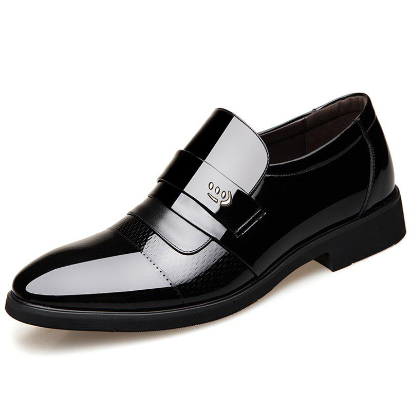 Fancy Microfiber Leather Wearable Shoes for Men