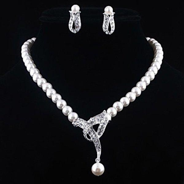Chic Alloy Diamond Pearl Necklace Earrings Two-piece Set