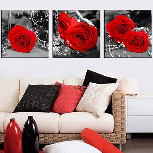 Chic Triptych With Bright Red Roses And Jewels Oil Painting