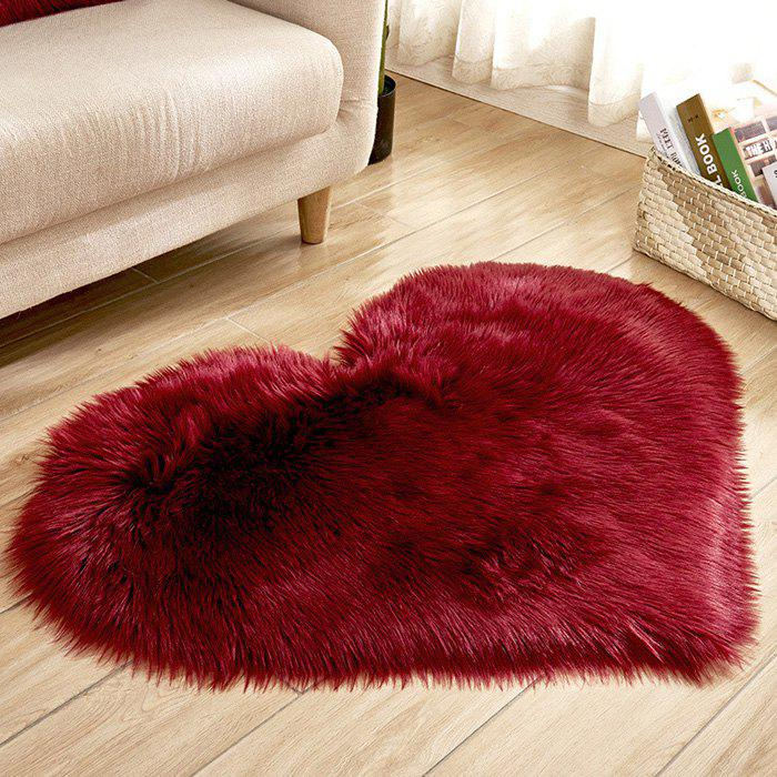Unique Solid Color Love Shape Wool-like Carpet Mat Mattress Blanket Sofa Cushion Mat Plush Carpet 40x50cm