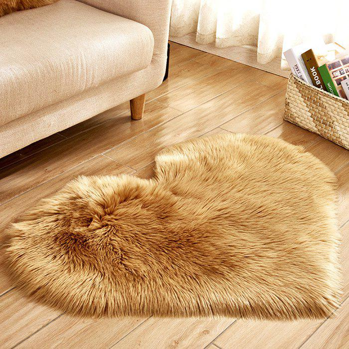 Buy Simple Love Shape Wool-like Carpet