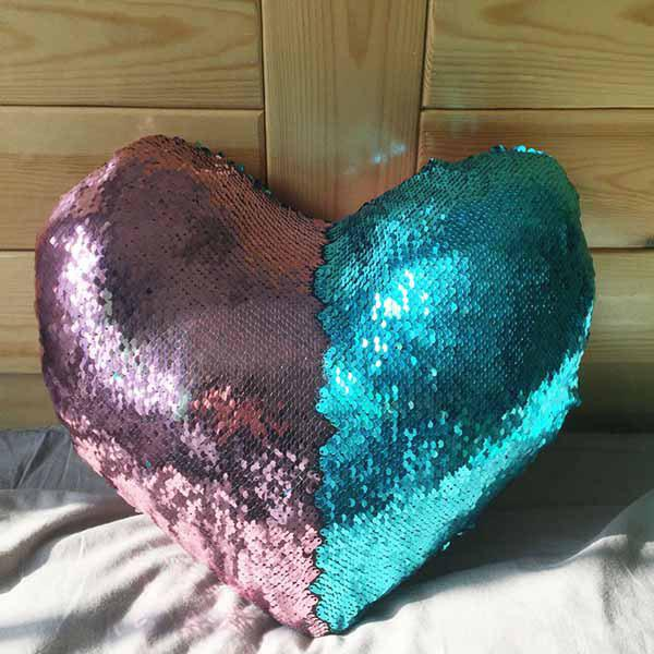 Store Mermaid Heart-shaped Sequins Pillow