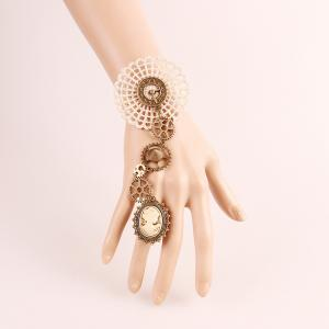 Gear Cameo Lace Finger Bracelet - Off-white - One Size