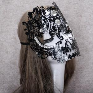 MYCH Wl166 One Eyed Half Face Mask - EBONY