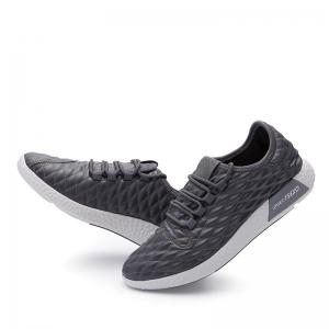 Checked and Solid Color Sport Shoes -