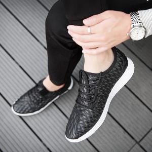 Checked and Solid Color Sport Shoes - BLACK 41