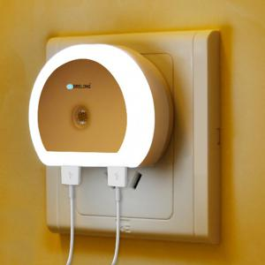 Brelong Creative Dual USB Charger / Night Light DC 5V 110 - 240V -