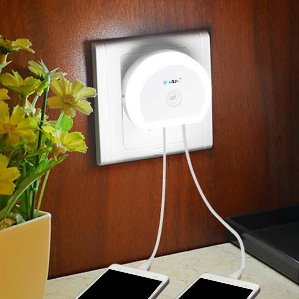 Brelong Creative Light Switch + Sensor Led Night Light with Dual Usb (5v) Wall Board Charger Mobile Phone Night Light Eu/Us 110-240VHOME<br><br>Size: EU; Color: WHITE;